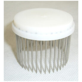 white-queen-needle-isolator-cage